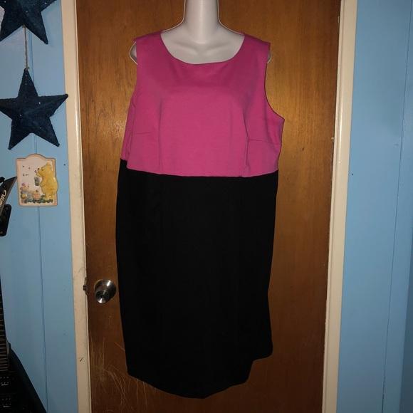 Lane Bryant Dresses & Skirts - Lane Bryant 18/20 Pink & Black Dress NWOT